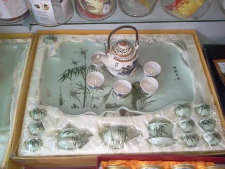 ชุดเซ้ทน้ำชาในกล่องผ้าไหม